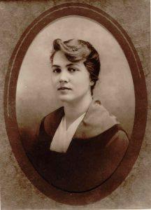 Maude Logemann, c. 1918